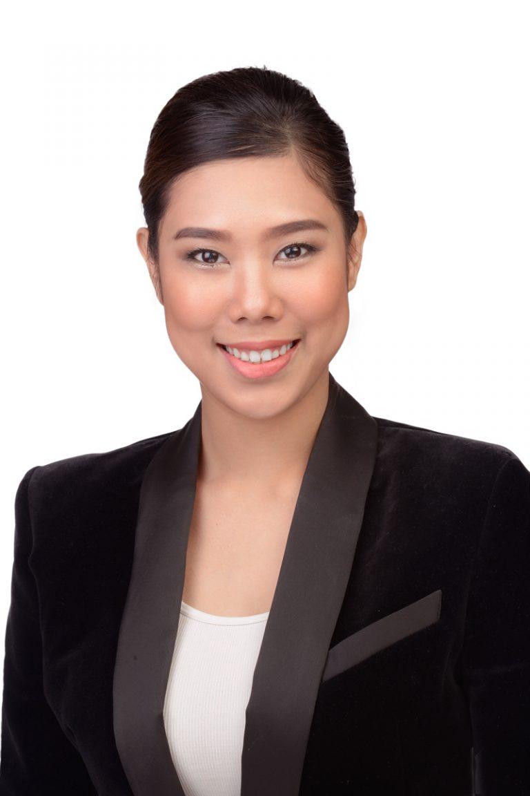 Headshot of asian women with white background
